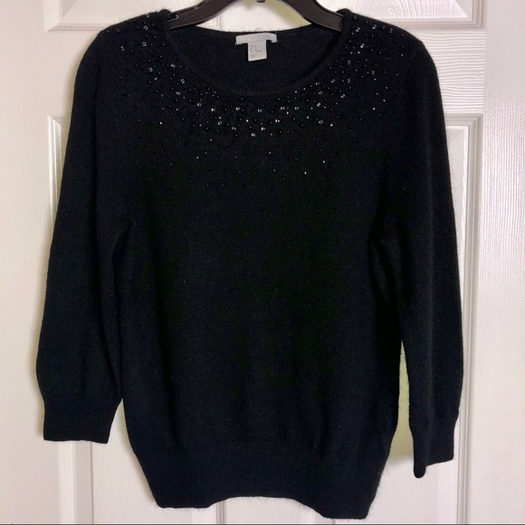 H&M Sweaters - 🍂 Gorgeous Soft Black Embellished Sweater